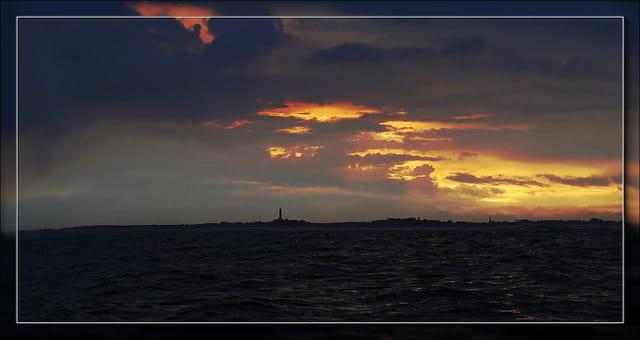 Levé de soleil sur l'île de Batz