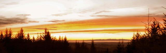 Lever de soleil sur les Monts du Cantal