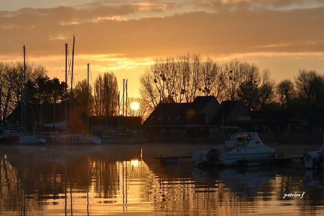 lever de soleil port de Carentan (Manche)