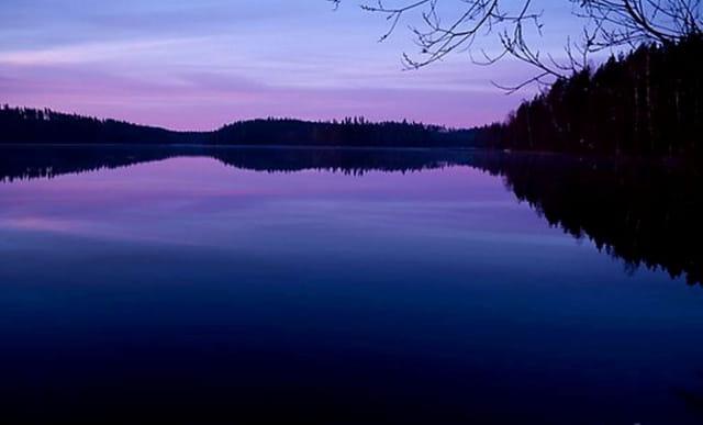 Lever de soleil sur lac