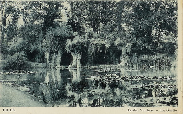 Lille le jardin vauban et la grotte par helena duhoo sur for Jardin vauban lille