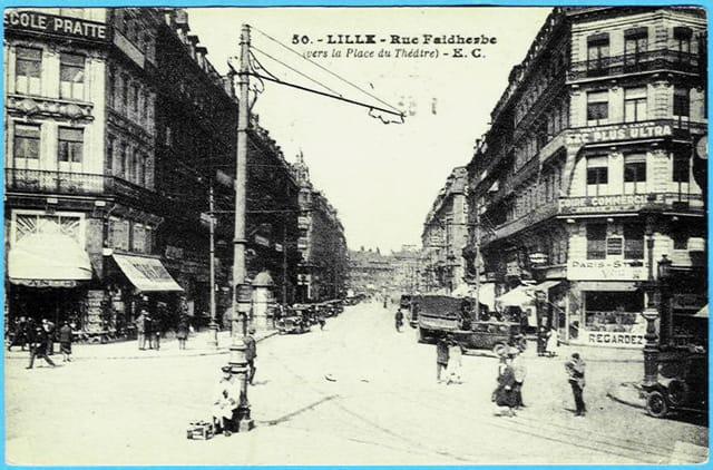 Lille - Rue Faidherbe (vers la place du Théatre)