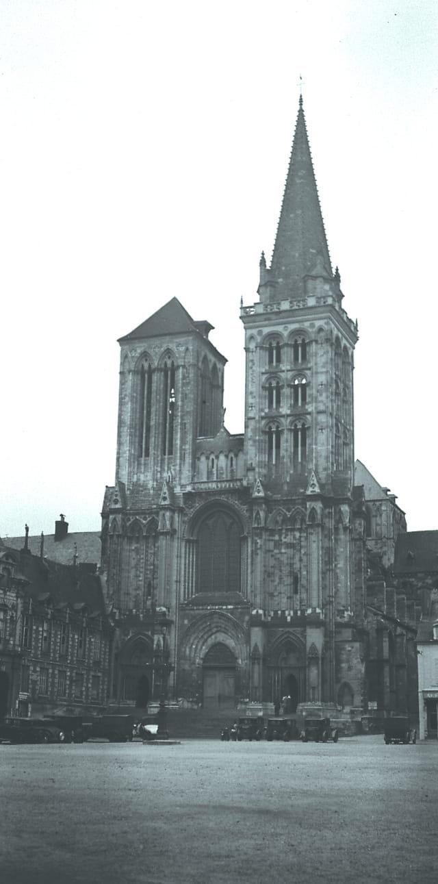 Lisieux - église st pierre