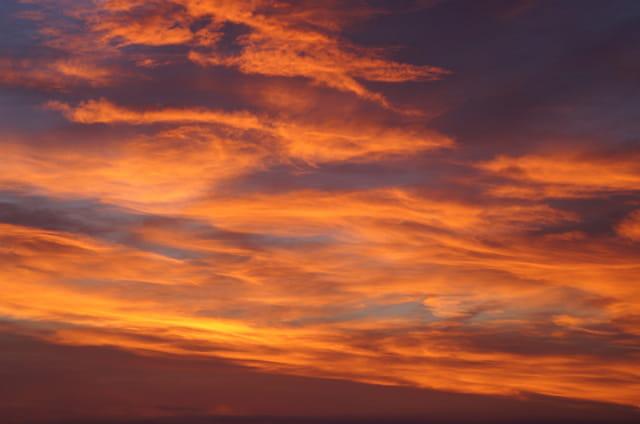 Lorsque le ciel flamboie