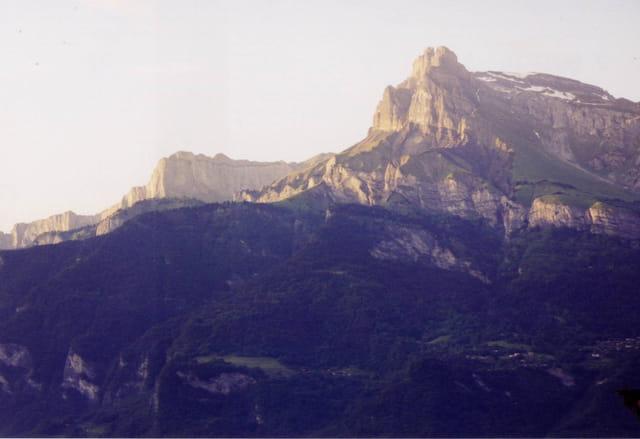 Lumères rasantes sur les Alpes
