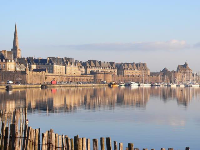 Lumières matinales sur Saint Malo.