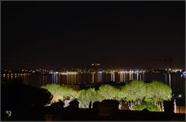 Lumières sur la petite rade de Toulon