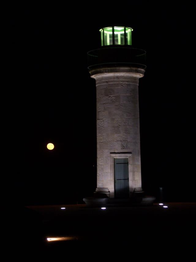 Lune & tour joséphine