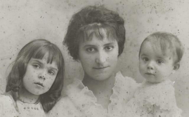 Ma gd-mère, ma mère et son frère je
