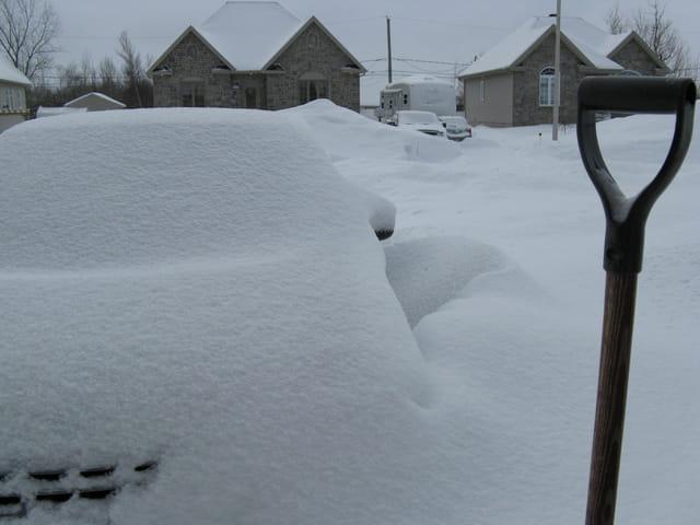 Ma voiture est où?