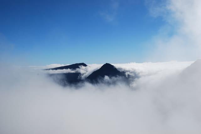 Mafate sous les nuages