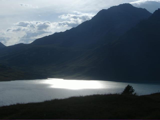 Magnifique lac du mont Cenis