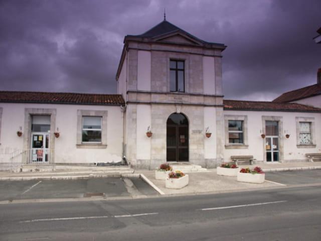 Mairie d'Esnandes