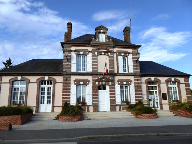Mairie dans un petit village de Normandie
