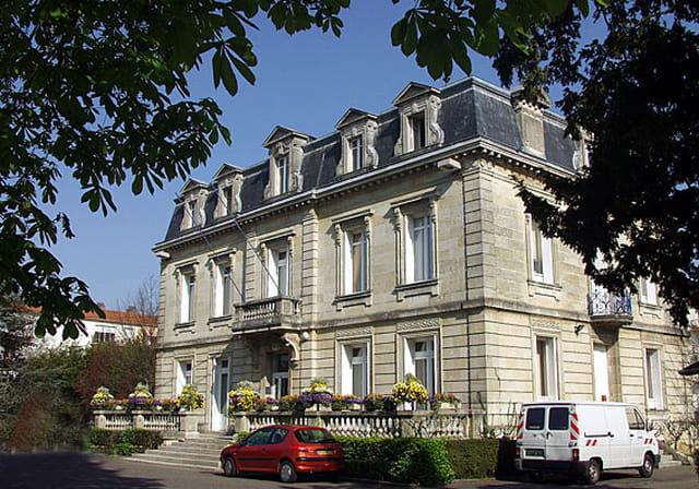 Mairie de lormont