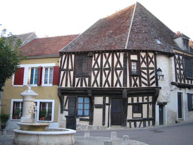 maison à pans de bois (XIVè)