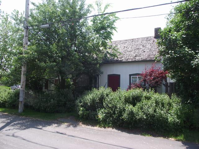 Maison Québécoise 1825