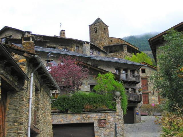Maisons et ruelles du village (10)