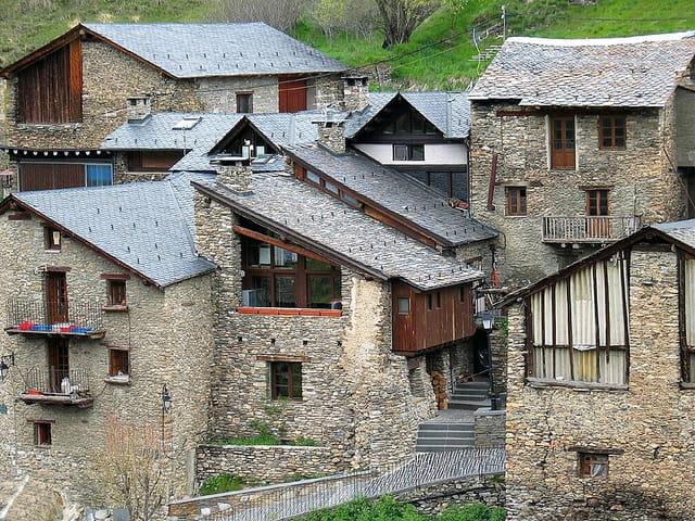 Maisons et ruelles du village