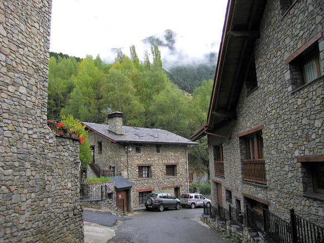 Maisons et ruelles du village (2)