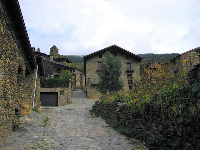 Maisons et ruelles du village (8)