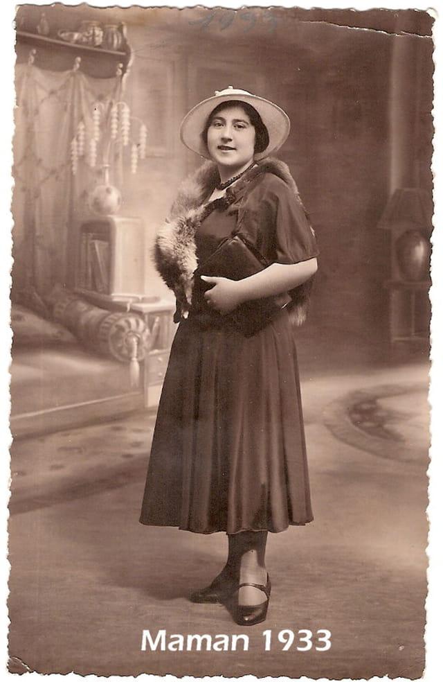 Maman 1933