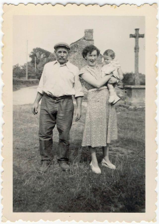 Maman, grand-père et moi