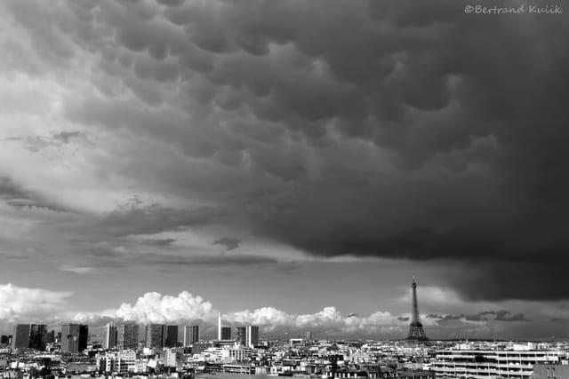 Mammatus sur Paris