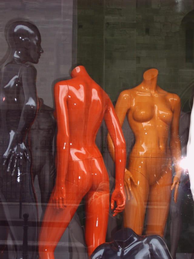 Mannequins en vitrine