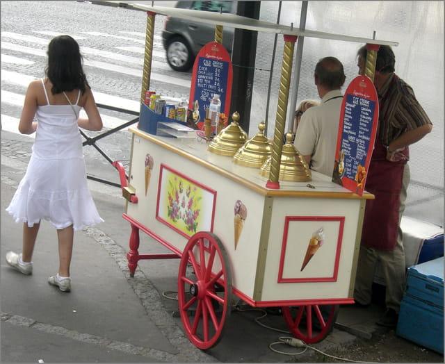 Marchand de glaces à l'ancienne