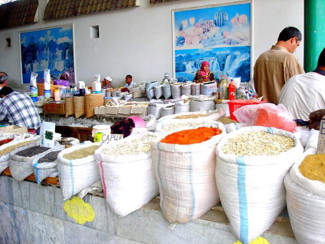 Marché aux épices de samarkand