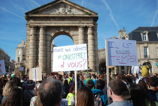 marche pour la planète à Bordeaux
