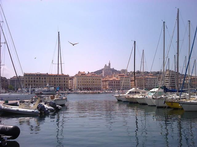 Marseille vieux port par serge olympe sur l 39 internaute - College vieux port marseille ...