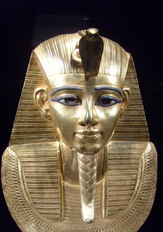 Masque funéraire d'un pharaon
