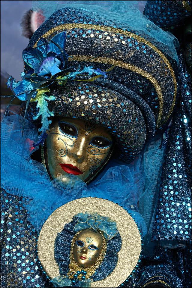 Masque vénitien 2 à Stavelot