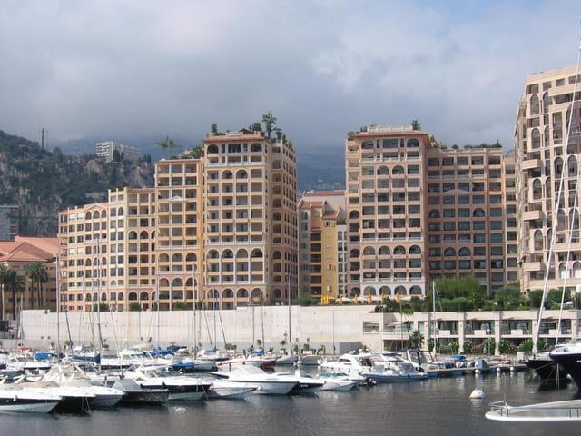 Memmo center, les terrasses du port