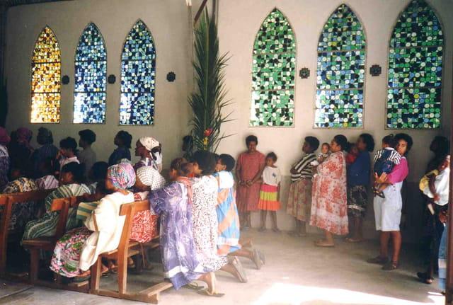 Messe du dimanche dans la brousse