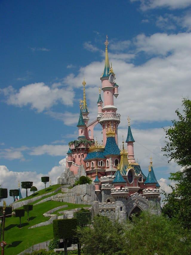 Mickey tour