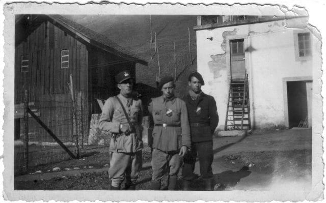 Mon papa (à  gauche)