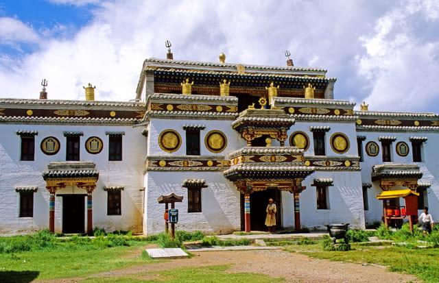 Monastère dédié au lamaïsme jaune