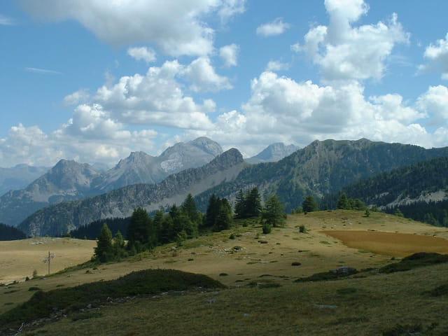 Montagnes fuyantes
