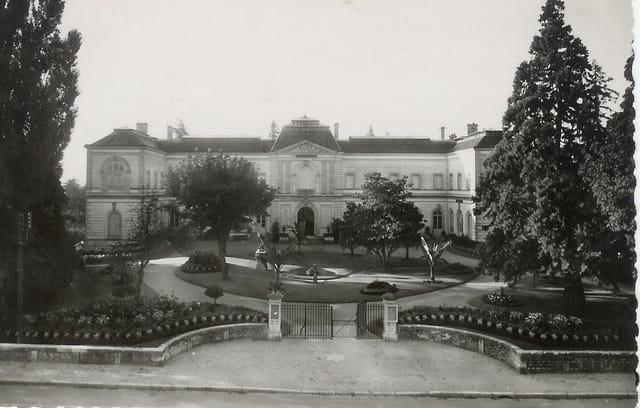 Montargis, l'hôtel de ville