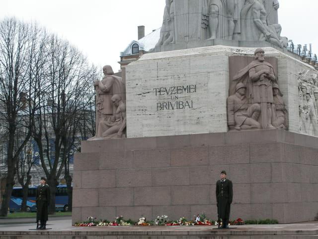 Monument a la liberté