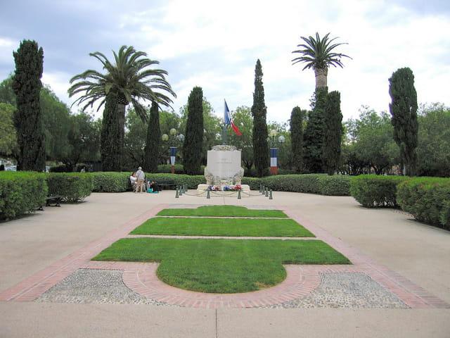 Monument aux Morts (1)