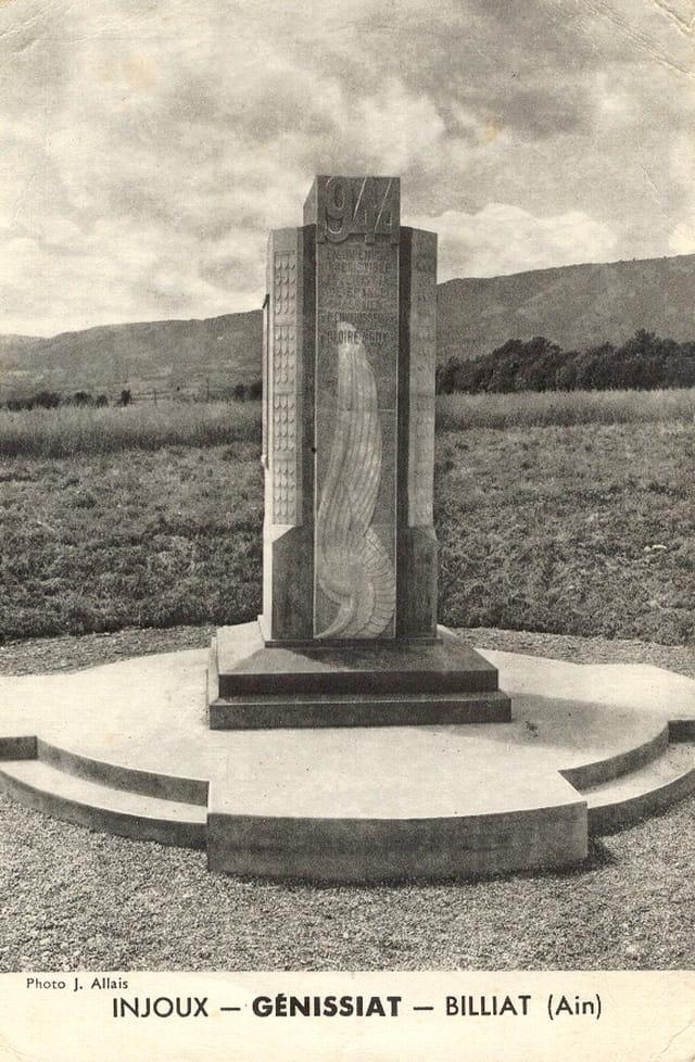Monument aux Morts 1944