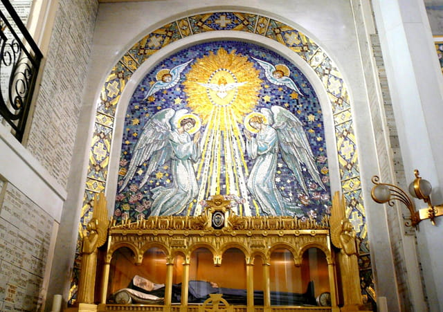 Mosaïque de la chapelle de la rue du Bac à Paris