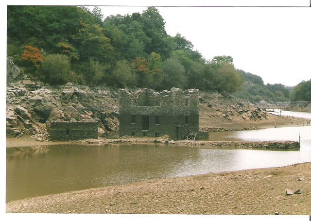 Moulin après vidange de barrage