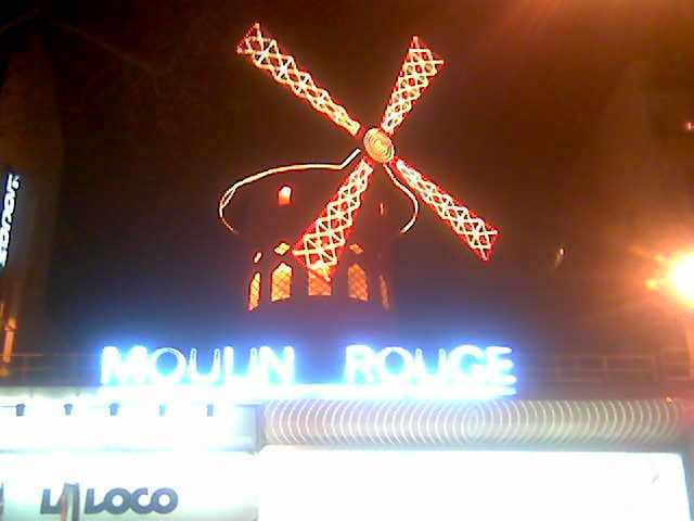 Moulin /by night