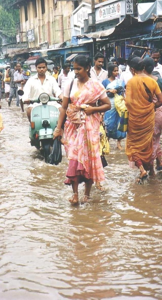 Mousson en inde. et la vie continue