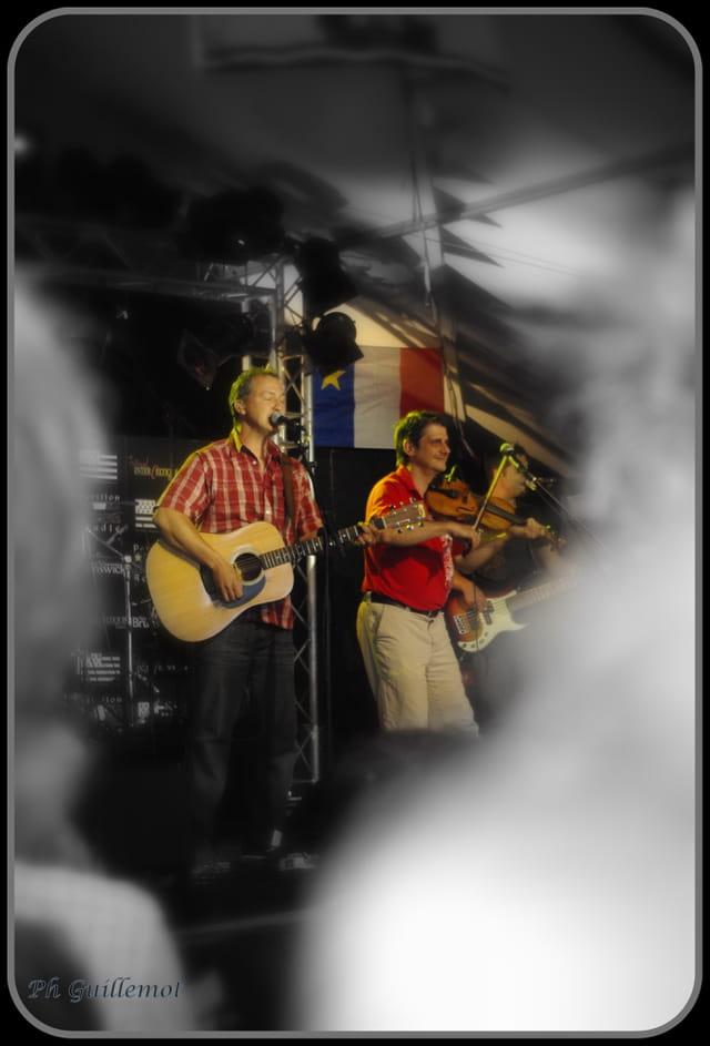 musiciens acadiens au festival inter-celtique 2010